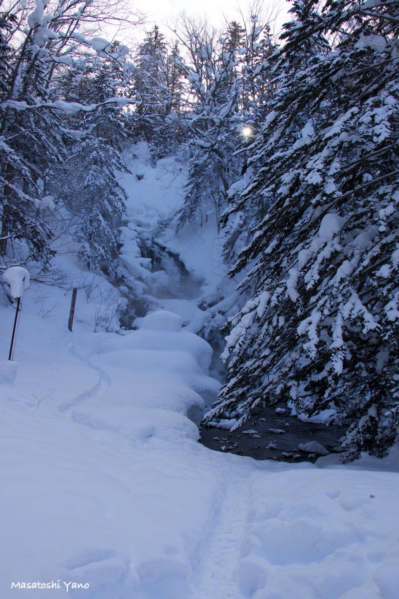美瑛町、冬の不動の滝