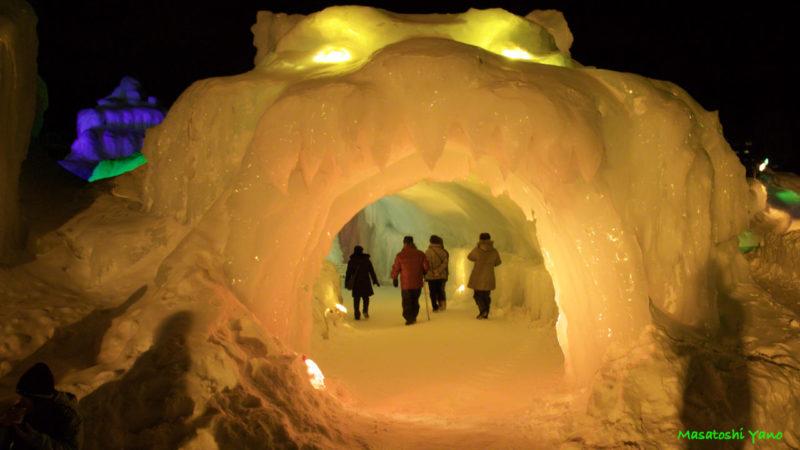 氷瀑まつりクマの入り口