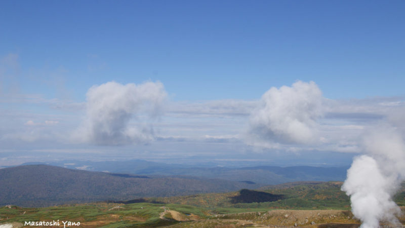 旭岳でみた双子雲