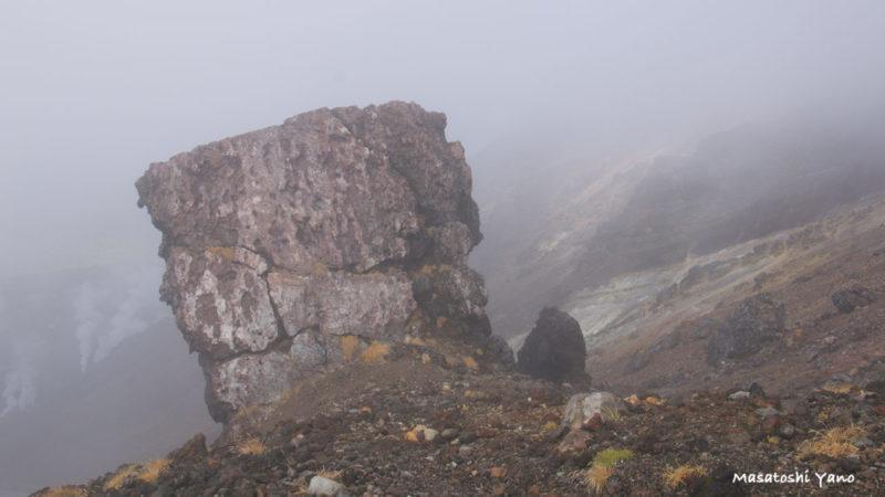 旭岳9合目の濃霧の様子