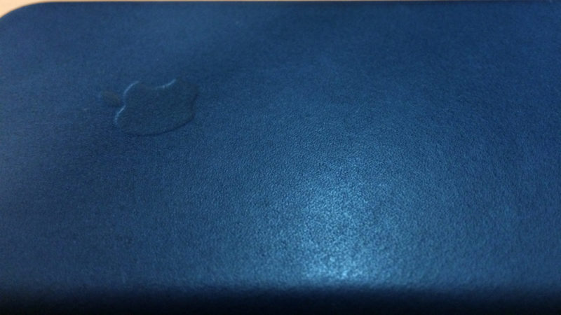 iPhone6s純正ケースのレザー表面