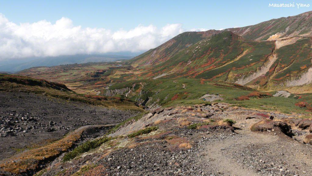 【1周約7時間】旭岳の周遊コースから見る紅葉は見ごたえアリ!!