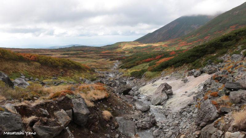 中岳温泉から山道
