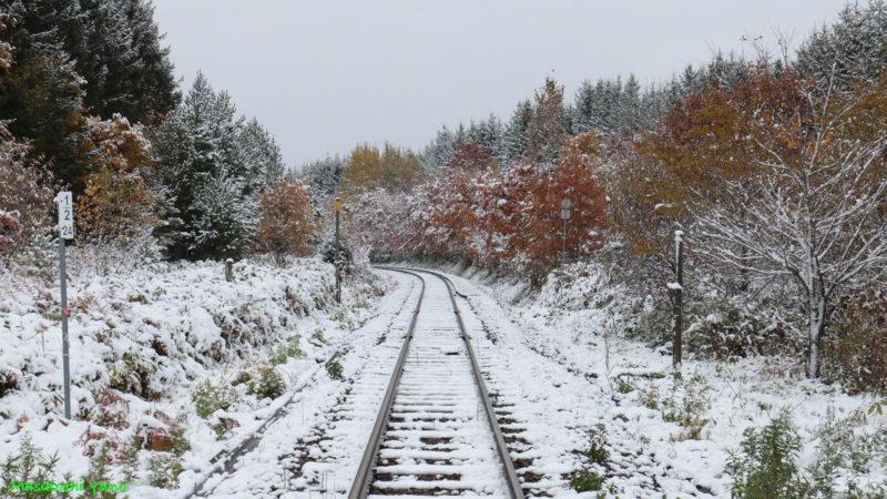 美馬牛駅の初雪