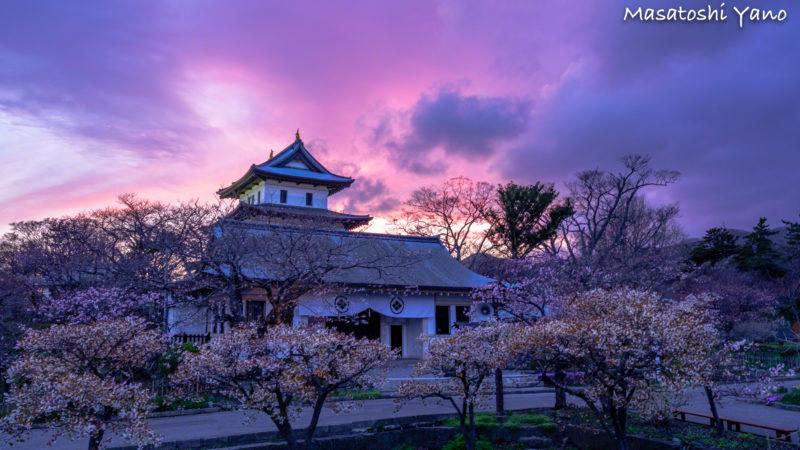 夕方に撮影した松前城